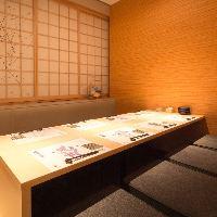 接待でもお使い頂ける壁のある完全個室を完備しております。
