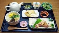 【ランチメュー】鶏飯御膳