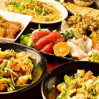 チャンプルーや海ぶどう、ラフテーなど沖縄名物盛りだくさん!