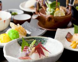 季節の食材、海の幸をふんだんに使った割烹料理をお楽しみ下さい
