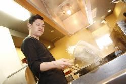 和食の世界で長年修業した店主のこだわりが活きる。