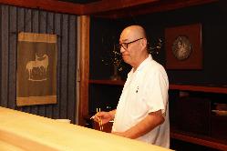 主人の松尾雄二氏。年に数回、出張出前にも出かけている。