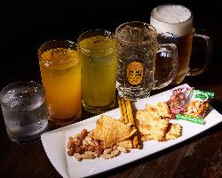 おつまみ+3時間の飲み放題付プランは2,500円(税抜)