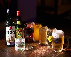 2H、3Hの飲み放題はビールやハイボール、泡盛など約50種類