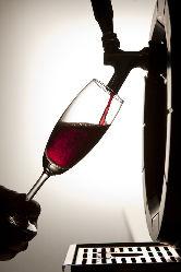 お好きなお酒とおしゃれな雰囲気に酔いしれながらお楽しみあれ♪