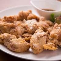 自家製酢醤油を絡めてさっぱり食べる鶏のからあげはジューシー♪