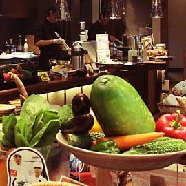 食彩健美 野の葡萄 沖縄CARGOES店