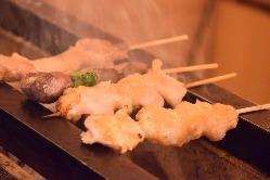1本1本丁寧に焼き上げる串焼き!豚バラや和牛も♪