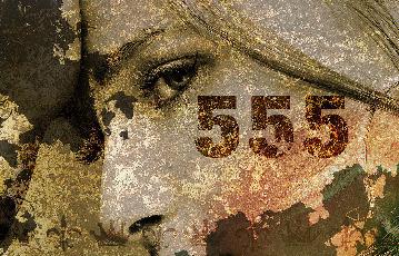 555 カラオケラウンジ&バー