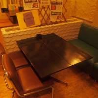 <テーブル席>まるでカフェのようなテーブル席♪