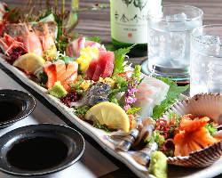 『刺身盛り』は海が近いからこそ味わえる鮮魚をお手頃価格で提供