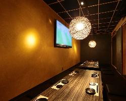 60型TV完備。広々とした空間は大人数での宴会にもオススメ
