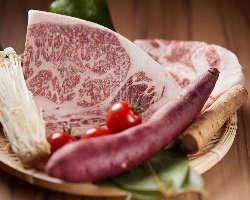希少部位の限定メニューなどお肉も充実させております。