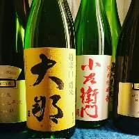 厳選した日本酒や焼酎の取り揃えております。