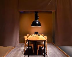 国内外で活躍するデザイナーが手がけたスタイリッシュな空間