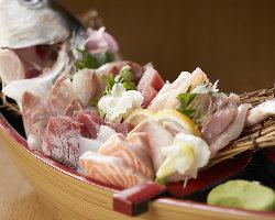【とにかく新鮮】 海鮮メニューがいちおし◎鉄火巻も必食です