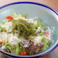 【沖縄名物料理をご堪能】 沖縄で育てられた食材を使った料理