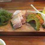 当店自慢の沖縄伝統料理の数々をお楽しみください♪