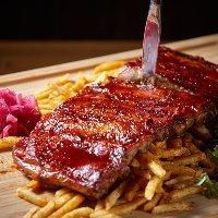 【サプライズ】 特製の記念日プレートはクーポンで無料サービス