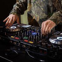 【無料特典】 DJブースも◎音響・照明にもこだわり素敵な演出を