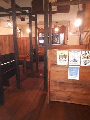 ◆木の温もりが感じられる店内は、ほっと落ち着く寛ぎの空間☆