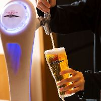 【至福の一杯】 キンキンに冷えたビールと釜焼鳥は相性抜群!