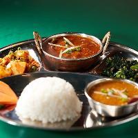 本場のネパール料理を沖縄で堪能♪スパイシーで奥深い逸品をぜひ