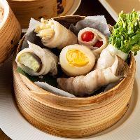 【看板メニュー】 野菜と肉の旨味が融合♪絶品ベジロール