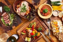 鶏・牛肉を食べ比べ!お肉を思う存分堪能できます!