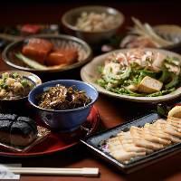 【飲み放題付コース】 沖縄料理を満喫できるコースをご用意!