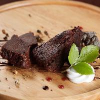 お食事の後のデザートにガトーショコラや泡盛のグラニテをご用意