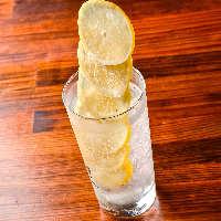 人気のスーパー氷結レモンサワーは絶対に飲んで欲しいドリンク!