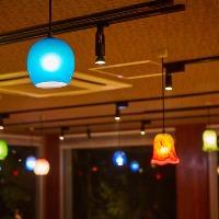●琉球ガラス● 店内を灯すランプやグラスなどに使用しています