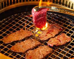 希少な十勝東北短角牛、熊本あか牛熟成肉と他では味わえないお肉