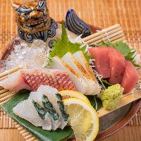 【鮮魚が美味】 沖縄の魚は、プリッと新鮮で味わいも濃厚!