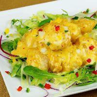 「幻のエビマヨ」 見た目も鮮やかに彩られた料理も人気!