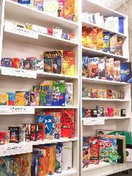 100種類以上もの世界のボードゲームを完備☆