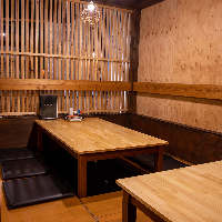 【空間】 お一人様から団体様まで対応可能な居心地のよい店内