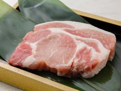 旨味溢れる鹿児島黒豚を使用! 出汁は3種類から選べます♪