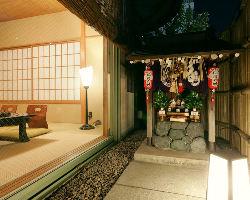 神様に見守られ、結納やご両家のお顔合わせも縁起を担ぐ完全個室