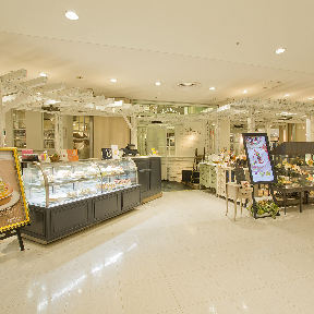 ラ・メゾン アンソレイユターブル ルミネ立川店の画像
