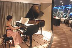 [ピアノ生演奏!] ディナータイム毎日18:00~お愉しみください