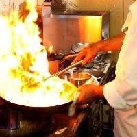 「ココの中華は旨い」と銀座人の舌を満足させる当店自慢の料理。