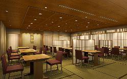 和情緒溢れる個室8部屋完備! 最大40名様まで収容可能です