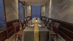 格調の高い完全個室は全6部屋 お部屋によって雰囲気も違います