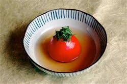女性に大人気!!丸ごとトマトのおでん