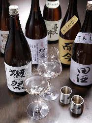常時30種類以上の日本酒を揃えております。