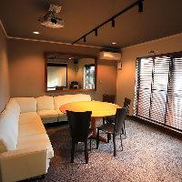 ご家族でのご利用に最適な絨毯個室は4〜8名様でご利用可能