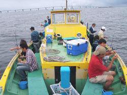 【釣った魚を獲れたてで】 自分が釣った魚のお刺身は格別!