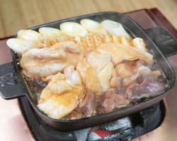 【お料理】 備長炭と鉄鍋を使用し調理致します